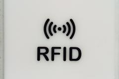 Gravírovaný štítok RFID.